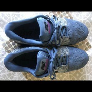 Nike Shoes - Nike Lunarglide 7 trainers